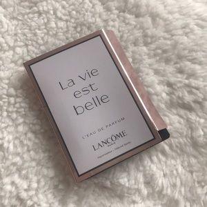 Lancôme La Vie est Belle sample .04oz
